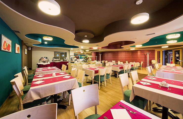https://www.kraljevicardaci.com/wp-content/uploads/2019/11/related-pansionski-restoran.jpg