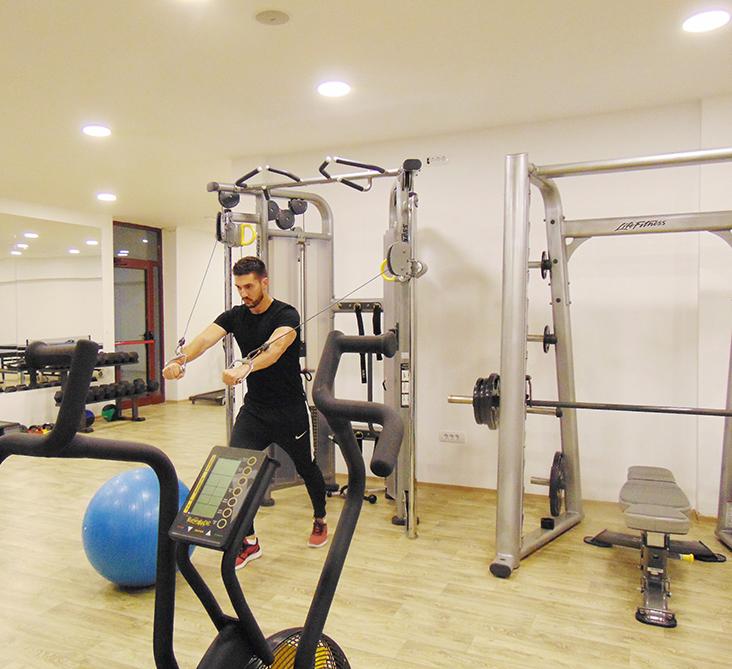 https://www.kraljevicardaci.com/wp-content/uploads/2020/05/fitness-centar2.jpg